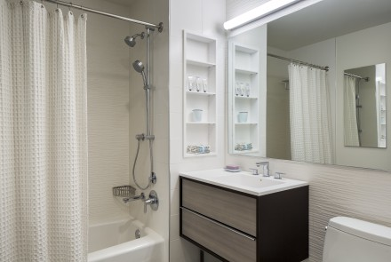 City Tower - Bathroom - Custom Shelving